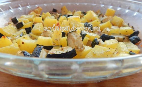 картофель с цукини в духовке